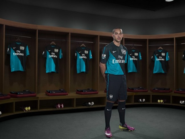 58ce3715e New Arsenal 125th Anniversary 2011 12 Away Kit Launched (Photos ...