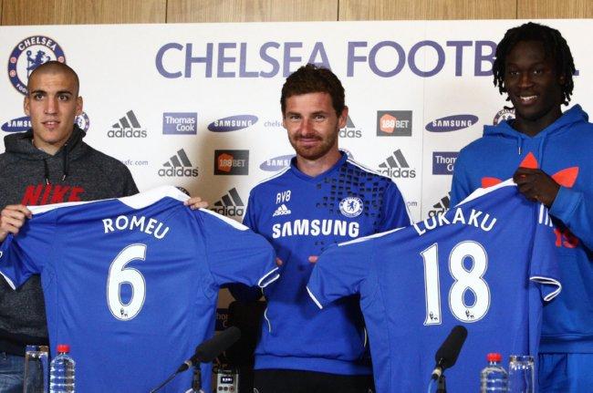 the latest 12211 92df2 Chelsea Unveil Romelu Lukaku And Oriol 'Blue Steel' Romeu ...