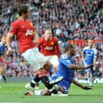 Ashley Cole&#8217;s &#8216;Shocking&#8217; Tackle On Javier Hernandez (Video)