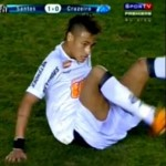 Neymar Victimised By Cruzeiro Or Just A Featherweight Pansy? (Video)