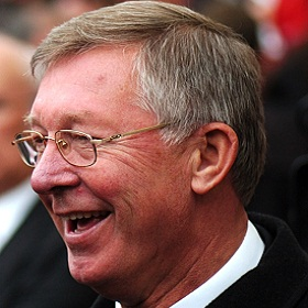 Sir Alex Ferguson Can't Resist Another Dig At Rafa Benitez