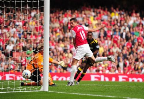 Soccer - Barclays Premier League - Arsenal v Bolton Wanderers - Emirates Stadium