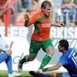 Fürth's Heinrich Schmidtgal Leaves Five Defenders For Dead, Scores Wonder Goal (Video)