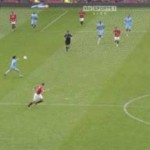Football GIF: David Silva's Defence-Splitting Pass For Edin Dzeko's Second Goal vs Man Utd