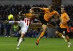 Soccer - Barclays Premier League - Wolverhampton Wanderers v Stoke City - Molineux
