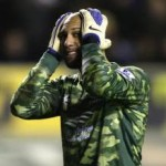 Football GIF: Tim Howard&#8217;s 102-Yard Monster Punt vs Bolton On Infinite Loop