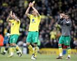 Soccer - Barclays Premier League - Norwich City v Chelsea - Carrow Road