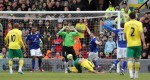 Soccer - FA Cup - Fifth Round - Norwich City v Leicester City - Carrow Road