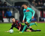 Soccer - UEFA Champions League - Round of 16 - First Leg - Bayer Leverkusen v Barcelona - Bay-Arena