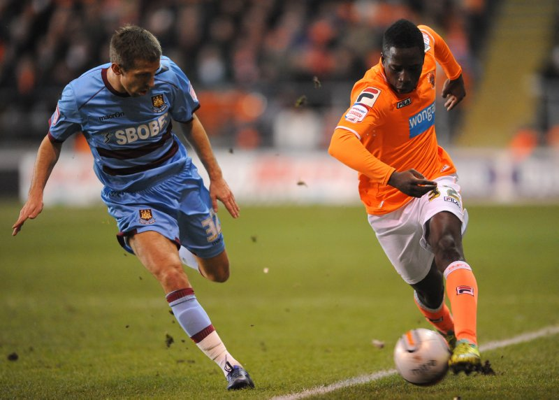 Soccer - npower Football League Championship - Blackpool v West Ham United - Bloomfield Road