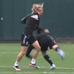 Fernando Torres Wrestles John Terry, Floors Him With Gutwrench Takedown (Video)