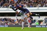 Soccer - Barclays Premier League - Queens Park Rangers v Arsenal - Loftus Road