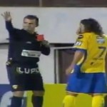 Edinson Cavani's Brother Sent Off For Poking Own Teammate's Face Twice (Video)