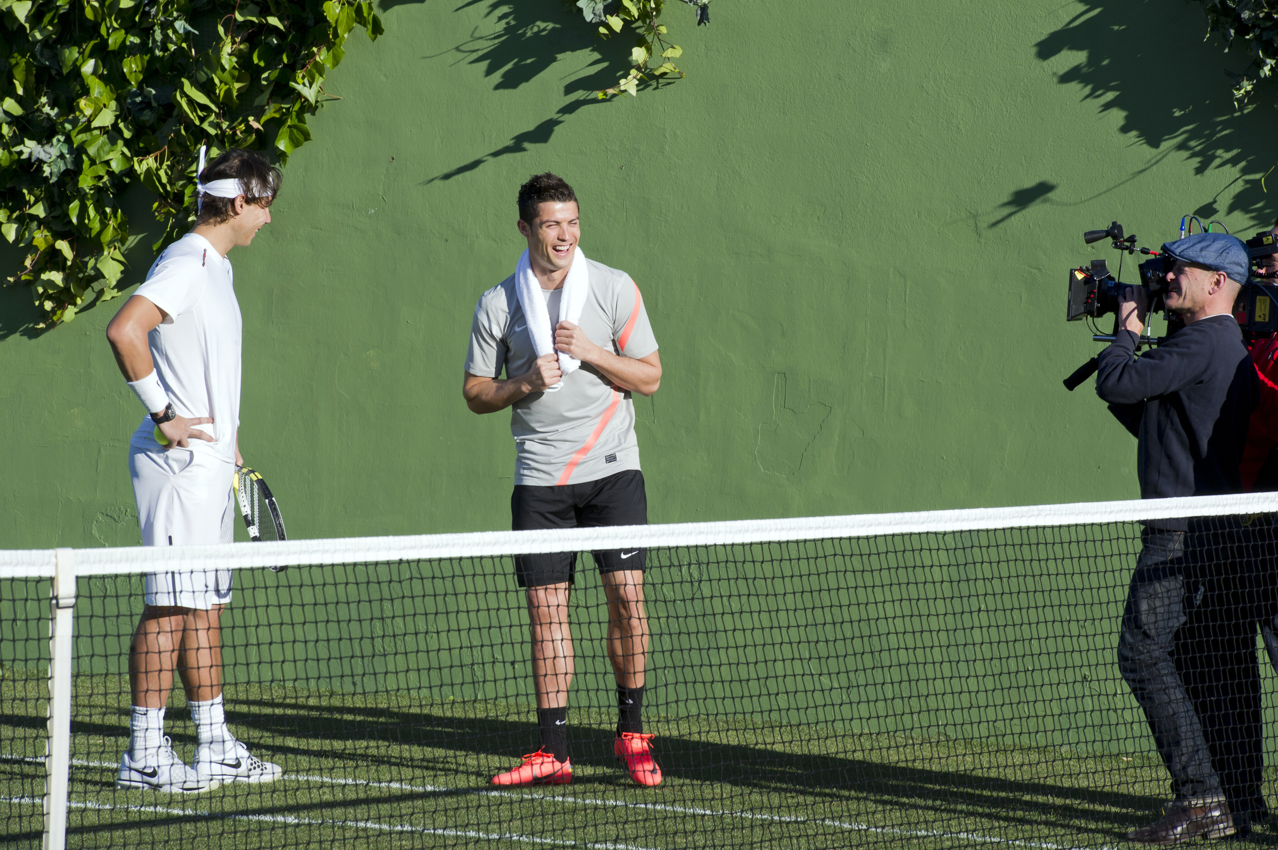 d3d884b31 Cristiano Ronaldo Takes On Rafael Nadal At Tennis In Flashy New Nike Viral  (Video    Behind The Scenes  Photos)