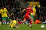 Soccer - Barclays Premier League - Norwich City v Liverpool - Carrow Road