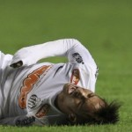 Neymar Irks Sao Paulo Defender Ivan Piris With Flouncy Stepovers, Gets Hoofed Up In Air (Video)