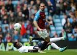 Soccer - Barclays Premier League - Aston Villa v Tottenham Hotspur - Villa Park