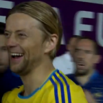 Tymoshchuk Mocks Ribery's Tufty Hair, Gives Him International Sign For 'W*nker' (Video)