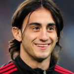 Alberto Aquilani Joins Fiorentina On Three-Year Deal, May Still Have A Future At Liverpool