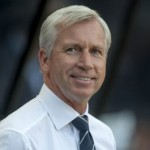 Football GIF: Alan Pardew's Hellacious Clothesline On Linesman vs Tottenham