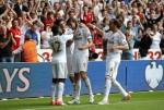 Soccer - Barclays Premier League - Swansea City v West Ham United - Liberty Stadium