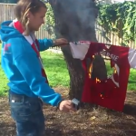 Arsenal Fans Begin Burning Robin Van Persie Shirts &#8211; Sadly Inevitable (Videos)