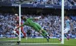Soccer - Barclays Premier League - Manchester City v Queens Park Rangers - Eithad Stadium