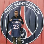 PSG Get Around To Welcoming Gregory Van Der Wiel Through Their Plastic Curtains (Photos)