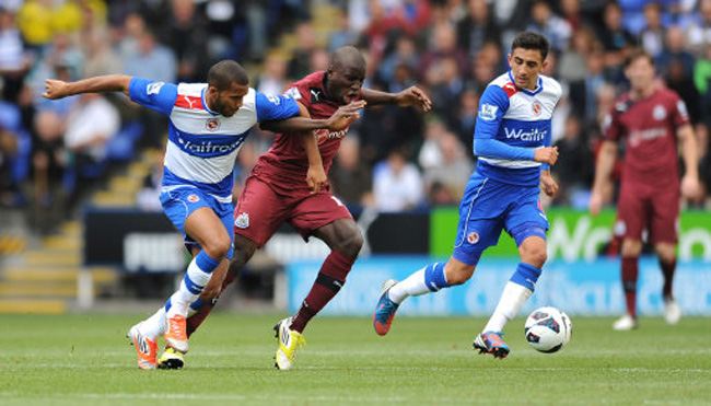 Soccer - Barclays Premier League - Reading v Newcastle United - Madejski Stadium