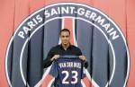 France Soccer van der Wiel