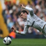 Football GIF: Gareth Bale's Laughable Dive vs Aston Villa Deserves To Be Punished