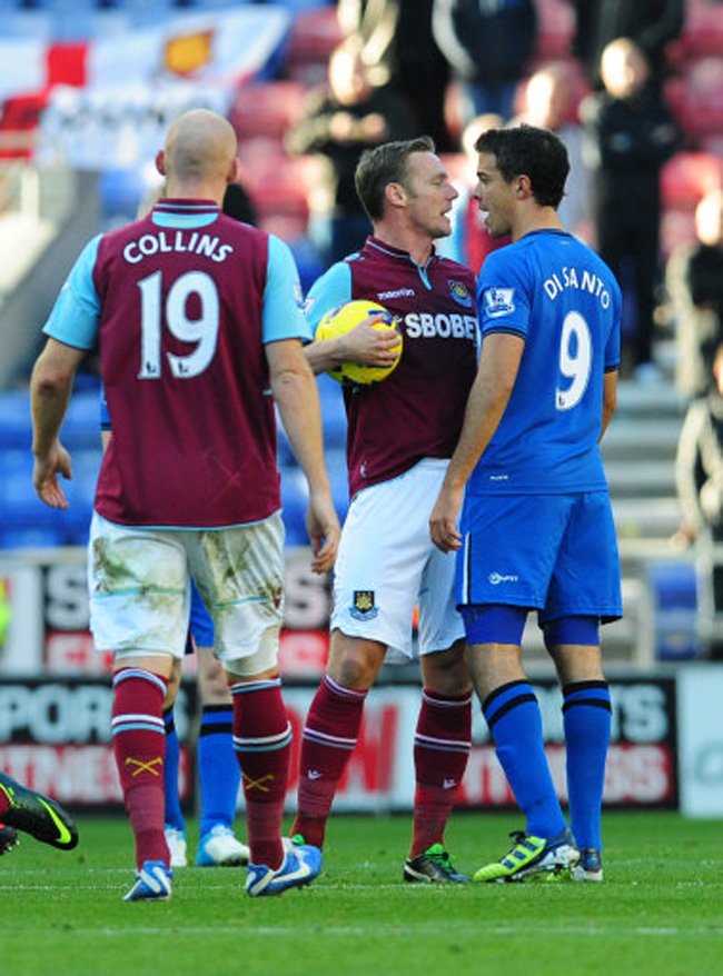 Soccer - Barclays Premier League - Wigan Athletic v West Ham United - DW Stadium