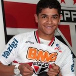 Former Arsenal Duffer Denilson Scores 40-Yard Ballistic Screamer vs Palmeiras (Video)