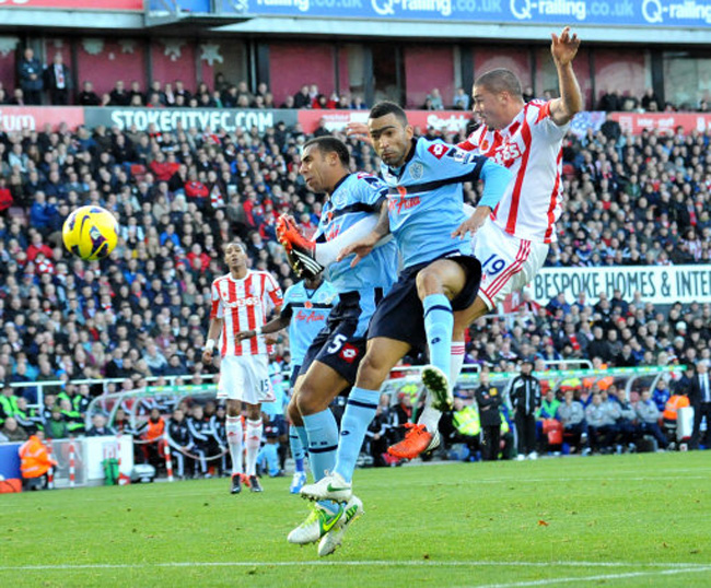 Soccer - Barclays Premier League - Stoke City v Queens Park Rangers - Britannia Stadium