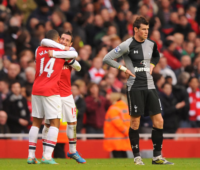 Arsenal Vs Tottenham Live Score Highlights From Premier: Adebayor Scores And Sees Red As