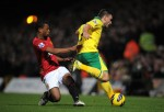 Soccer - Barclays Premier League - Norwich City v Manchester United - Carrow Road