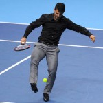 Sergio Aguero Joins Del Potro On Court For Tennis Knockabout Before ATP World Tour Match (Photos & Video)