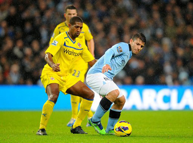Soccer - Barclays Premier League - Manchester City v Reading - Etihad Stadium