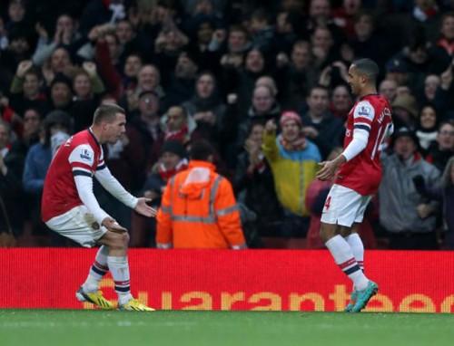 Soccer - Barclays Premier League - Arsenal v Newcastle United - Emirates Stadium