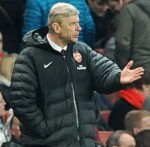 Football GIF: Arsene Wenger Has Trouble With Zip AGAIN, Ponders £30m Swoop For Swanky Velcro-Based Jacket