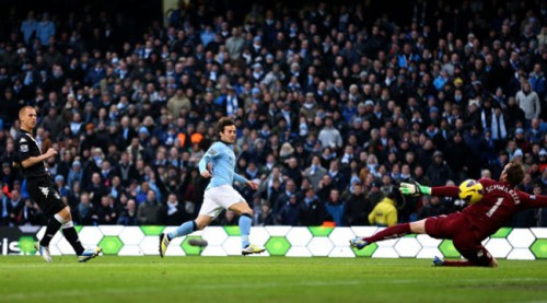 Soccer - Barclays Premier League - Manchester City v Fulham - Etihad Stadium