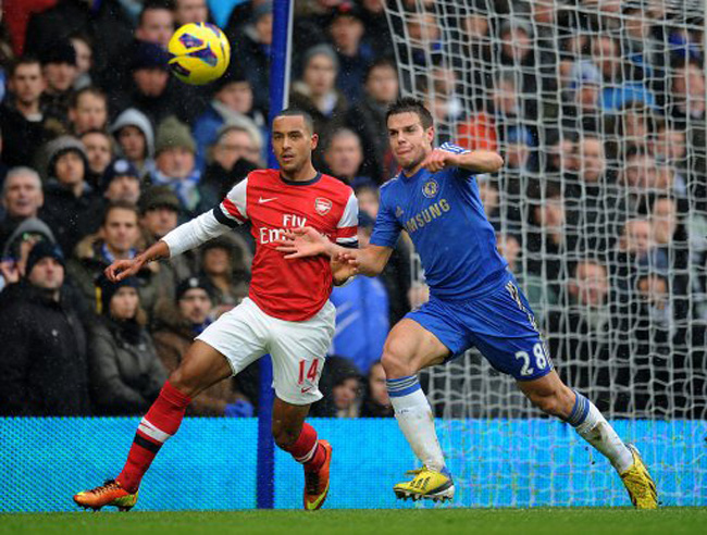 Soccer - Barclays Premier League - Chelsea v Arsenal - Stamford Bridge