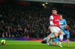 Soccer - Barclays Premier League - Arsenal v West Ham United - Emirates Stadium