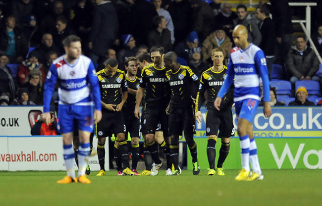 Soccer - Barclays Premier League - Reading v Chelsea - Madejski Stadium
