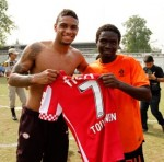 PSV Visit Thailand's Klong Prem Prison, Play Friendly Against Inmates (Video & Photos)