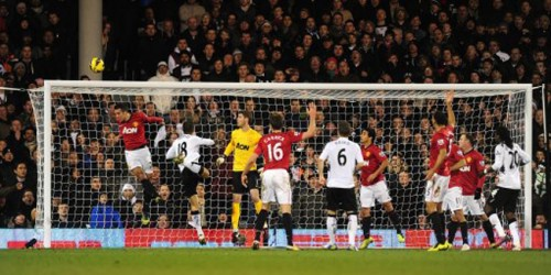 Soccer - Barclays Premier League - Fulham v Manchester United - Craven Cottage