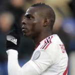Mario Balotelli Sees Superb Last-Minute Scissor Kick Winner Chalked Off vs Cagliari (Video)