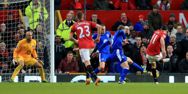 Man Utd 2-0 Everton – Red Devils Go 12 Points Clear After Routine