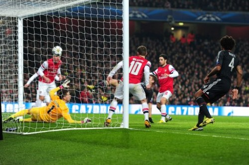 Soccer - UEFA Champions League - Round of 16 - First Leg - Arsenal v Bayern Munich - Emirates Stadium
