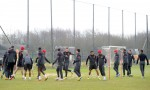 Soccer - UEFA Champions League - Round of Sixteen - Real Madrid v Manchester United - Manchester United Training Session - Carrington Training Ground